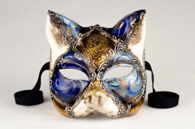 Masque Gnana, typique du carnaval de venise.