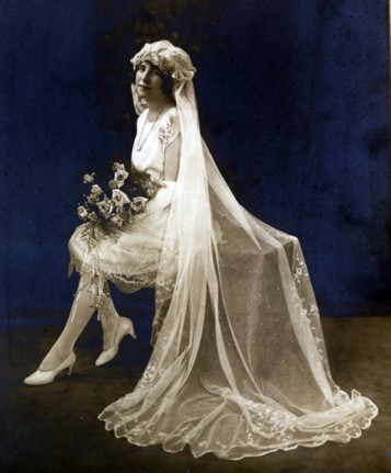 1920's short wedding dress
